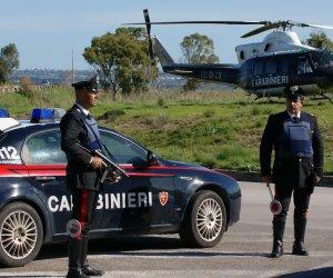 https://www.tp24.it/immagini_articoli/03-10-2019/1570103627-0-castelvetrano-guida-stato-ebbrezza-ricettazione-furtole-denunce-carabinieri.jpg