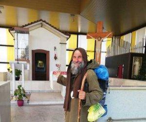 https://www.tp24.it/immagini_articoli/03-11-2019/1572773681-0-missionario-biagio-conte-bruxelles-dopo-1500-piedi.jpg