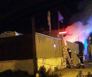 https://www.tp24.it/immagini_articoli/04-01-2019/1546582515-0-marsala-fuoco-notte-deposito-auto-mazara-immagini.jpg