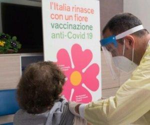 https://www.tp24.it/immagini_articoli/04-05-2021/1620125842-0-vaccini-in-sicilia-da-domani-al-via-prenotazione-per-gli-over-50.jpg