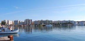 https://www.tp24.it/immagini_articoli/04-08-2018/1533335860-0-porto-marsala-tanti-annunci-opere-vere-pubbliche-private-vedono.jpg