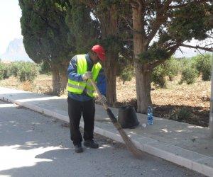 https://www.tp24.it/immagini_articoli/04-08-2018/1533395962-0-borse-lavoro-richiedenti-asilo-paceco-occuperanno-pulizia-verde.jpg