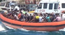 https://www.tp24.it/immagini_articoli/04-08-2020/1596518759-0-sicilia-migranti-ancora-tensioni-arriva-la-nave-per-la-quarantena-fuga-dai-centri-nbsp.png