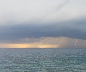 https://www.tp24.it/immagini_articoli/04-11-2018/1541369983-0-meteo-finalmente-piove-nuvole-schiarite-sicilia-occidentale.jpg