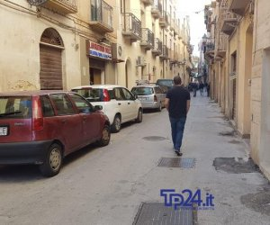 https://www.tp24.it/immagini_articoli/04-11-2019/1572879215-0-trapani-rifa-basolato-giudecca.jpg