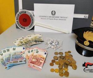 https://www.tp24.it/immagini_articoli/04-11-2019/1572880174-0-erice-arrestato-spacciatore-trono-spade-giuliano.jpg
