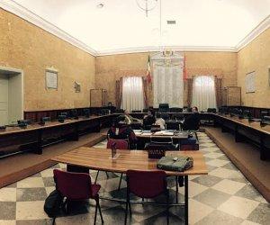 https://www.tp24.it/immagini_articoli/04-12-2019/1575446252-0-consiglio-comunale-marsala-tante-comunicazioni-debiti-fuori-bilancio-approvati.jpg