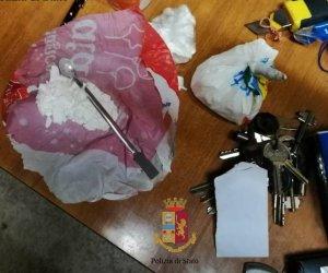 https://www.tp24.it/immagini_articoli/04-12-2019/1575452955-0-trasportava-grammi-cocaina-arrestato-corriere-droga-alcamo.jpg