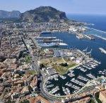 https://www.tp24.it/immagini_articoli/05-02-2019/1549355439-0-rilanciare-cantieristica-accordo-porto-palermo-fincantieri.jpg