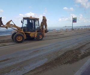 https://www.tp24.it/immagini_articoli/05-02-2020/1580901512-0-maltempo-sabbia-strada-chiuso-lungomare-trapani.jpg