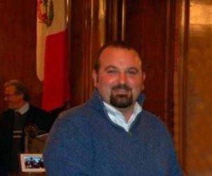 https://www.tp24.it/immagini_articoli/05-06-2015/1433528945-0-l-ex-consigliere-provinciale-matteo-angileri-incassa-dal-libero-consorzio-25000-euro.jpg