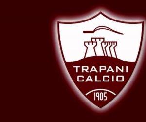 https://www.tp24.it/immagini_articoli/05-06-2019/1559710375-0-trapani-calcio-giocatori-mettono-mora-societa-stipendi-pagati.jpg