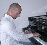 https://www.tp24.it/immagini_articoli/05-08-2014/1407236290-0-conservatorio-di-trapani-il-pianista-walter-roccaro-e-il-nuovo-direttore.jpg