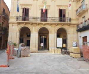 https://www.tp24.it/immagini_articoli/05-08-2018/1533481211-0-salemi-restauro-palazzo-municipale-ricupera-pezzo-storia-citta.jpg