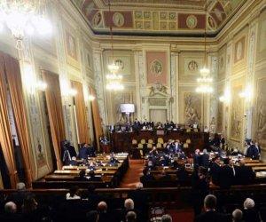 https://www.tp24.it/immagini_articoli/05-11-2018/1541402038-0-sicilia-governo-regionale-lavora-legge-finanziaria-cambiano-vitalizi-erogati.jpg
