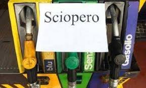 https://www.tp24.it/immagini_articoli/05-11-2019/1572954656-0-benzinai-confermato-sciopero-nazionale-benzinai-novembre.jpg