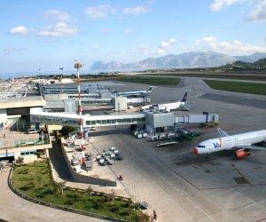 https://www.tp24.it/immagini_articoli/05-11-2019/1572986588-0-voli-troppo-cari-sicilia-natale-studenti-lavoratori-turisti-penalizzati.jpg