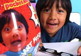 https://www.tp24.it/immagini_articoli/05-12-2018/1543997578-0-youtuber-ricco-mondo-bambino-sette-anni-ecco-cosa.jpg