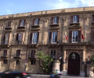 https://www.tp24.it/immagini_articoli/06-04-2021/1617693101-0-sicilia-20-milioni-a-citta-metropolitane-liberi-consorzi-e-comuni.png
