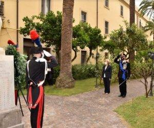 https://www.tp24.it/immagini_articoli/06-06-2020/1591479807-0-celebrato-il-206-deg-anniversario-della-fondazione-dell-arma-dei-carabinieri.jpg