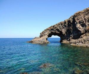https://www.tp24.it/immagini_articoli/06-07-2016/1467784584-0-a-pantelleria-il-prossimo-simposio-di-assoenologi.jpg