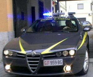 https://www.tp24.it/immagini_articoli/06-07-2019/1562404749-0-arrestato-mentre-intascava-tangente-presidente-centro-diagnostico-sicilia.jpg