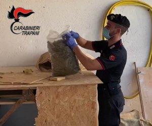 https://www.tp24.it/immagini_articoli/06-07-2021/1625558334-0-mazara-5-kg-di-marijuana-in-casa-arrestato-dai-carabinieri.jpg