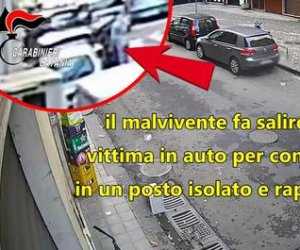 https://www.tp24.it/immagini_articoli/06-11-2019/1573018990-0-sicilia-sequestra-anziana-rapinarla-fermato-prende-fede-borsa.jpg
