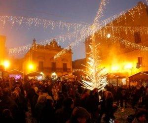 https://www.tp24.it/immagini_articoli/06-12-2017/1512584071-0-ericenatale-borgo-medievale-mercatini-presepi-rassegne-sapori-tipici.jpg