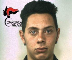 https://www.tp24.it/immagini_articoli/06-12-2018/1544113801-0-castelvetrano-litiga-vicino-prende-coltellate-arrestato-ragazzo-anni.jpg