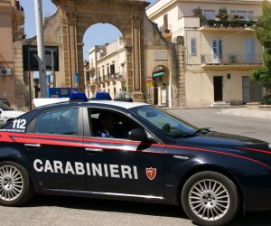 https://www.tp24.it/immagini_articoli/06-12-2019/1575637967-0-evade-domiciliari-arrestato-ragazzo-castelvetrano.jpg
