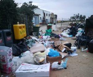 https://www.tp24.it/immagini_articoli/07-02-2019/1549555080-0-rifiuti-marsala-ancora-caos-polemiche-ecco-fanno-davvero-trento.jpg