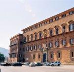 https://www.tp24.it/immagini_articoli/07-02-2019/1549558712-0-sicilia-mare-proteste-accompagna-finanziaria-allars.jpg