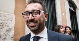 https://www.tp24.it/immagini_articoli/07-02-2020/1581066058-0-casa-bonafede-paga-ministero-euro-solo-biancheria.jpg