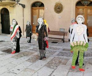 https://www.tp24.it/immagini_articoli/07-03-2021/1615111254-0-toponomastica-femminile-a-castellammare-l-iniziativa-di-donne-in-movimento.png