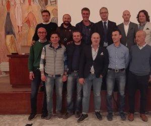 https://www.tp24.it/immagini_articoli/07-04-2016/1460047219-0-eletto-a-marsala-il-nuovo-consiglio-di-assoenologi-sicilia-manzo-confermato-presidente.jpg