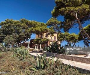 https://www.tp24.it/immagini_articoli/07-04-2019/1554646070-0-isole-siciliane-vendita-marsala-santa-maria-protesta-verdi.jpg