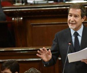https://www.tp24.it/immagini_articoli/07-04-2021/1617750173-0-sicilia-la-maggioranza-di-musumeci-traballa-e-saltato-il-banco.jpg
