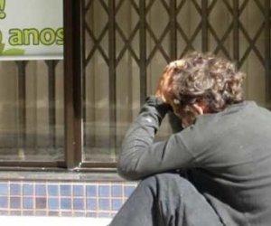 https://www.tp24.it/immagini_articoli/07-06-2019/1559935037-0-poverta-sanitaria-ecco-cose-sicilia-soffrono-mila-famiglie.jpg