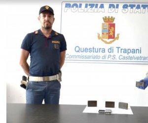 https://www.tp24.it/immagini_articoli/07-07-2018/1530954227-0-castelvetrano-cani-vite-scovano-hashish-arrestato-45enne.jpg