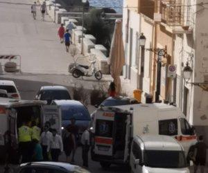 https://www.tp24.it/immagini_articoli/07-07-2019/1562486049-0-trapani-sposi-devono-fare-foto-strada-ambulanza-rimane-bloccata.jpg