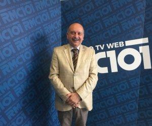 https://www.tp24.it/immagini_articoli/07-07-2020/1594119973-0-il-boss-asaro-e-il-sindaco-scarcella-al-comune-di-paceco-non-ci-sono-problemi.jpg