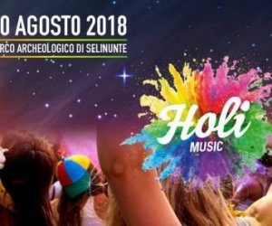 https://www.tp24.it/immagini_articoli/07-08-2018/1533656849-0-selinunte-notte-lorenzo-festival-colori-parco-archeologico.jpg