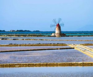 https://www.tp24.it/immagini_articoli/07-08-2019/1565134362-0-progetto-acqua-bocciato-consiglio-lamministrazione-pero-attende.jpg