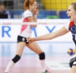 https://www.tp24.it/immagini_articoli/07-09-2018/1536320366-0-sigel-marsala-volley-sferra-colpo-brzezinska-30enne-schiacciatrice-polacca.jpg