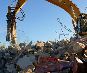 https://www.tp24.it/immagini_articoli/07-09-2021/1631049575-0-marsala-nbsp-c-e-l-erosione-della-costa-il-tar-blocca-la-demolizione-di-un-immobile.jpg