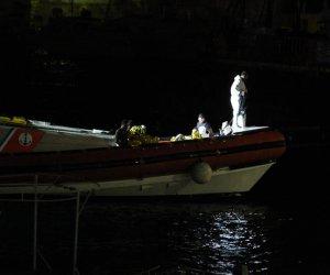 https://www.tp24.it/immagini_articoli/07-10-2019/1570445990-0-sicilia-salgono-nove-vittime-naufragio-lampedusa-sette-bambini.jpg