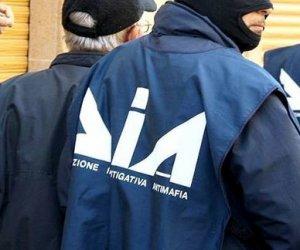 https://www.tp24.it/immagini_articoli/08-04-2019/1554723437-0-inchiesta-artemisia-scarcerato-poliziotti-arrestati.jpg