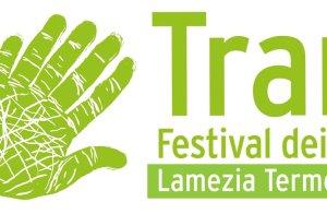 https://www.tp24.it/immagini_articoli/08-06-2016/1465371380-0-dal-15-al-19-giugno-a-lamezia-terme-il-festival-dei-libri-sulle-mafie.png