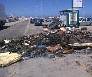 https://www.tp24.it/immagini_articoli/08-06-2018/1528453212-0-trapani-banchina-porto-peschereccio-rifiuti-abbandonati-degrado.jpg